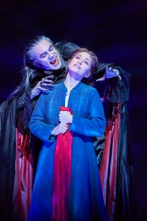 Le Bal Des Vampires Mogador Teatre Paris